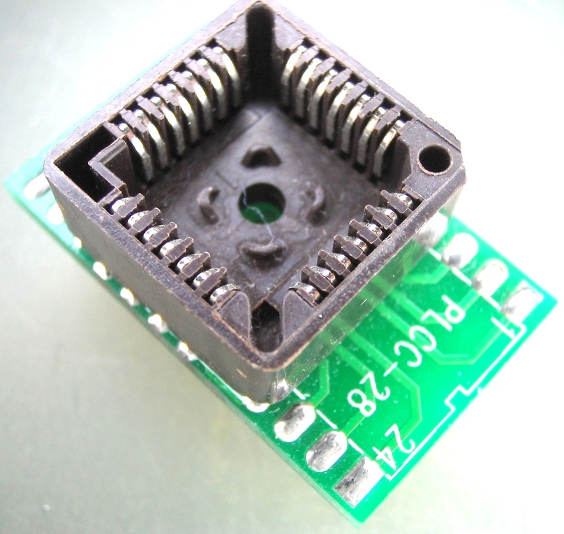 Adaptador PLCC28>>DIP28 Ler e Gravar (Simples)