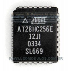 ATMEL - AT28HC256E - AT 28HC256 E - PLCC 32 - EPROM